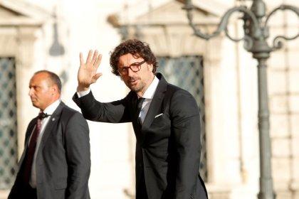 Italy criticizes Malta over migrant ship ahead of EU summit