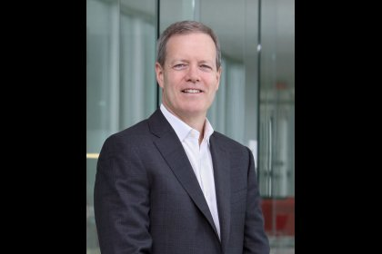 New 3M CEO seeks to develop or buy way to higher growth
