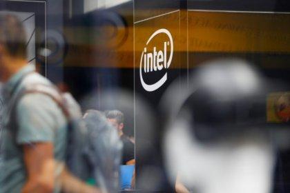 Exejecutiva deja Google cuando Intel busca CEO
