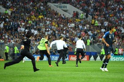 """""""Pussy Riot""""-Aktion bei WM-Finale - Vier Flitzer in Polizeigewahrsam"""