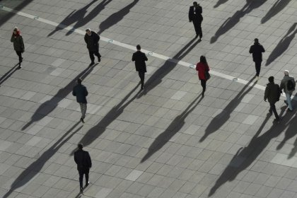 UK pay growth slows to six-month low despite record employment
