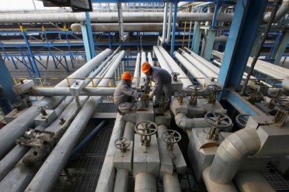 ملخص-صحيفة: واشنطن تتوقع شراء الصين مزيدا من نفط إيران بعد العقوبات