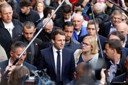 Un collaborateur de Macron accusé de violences, enquête ouverte