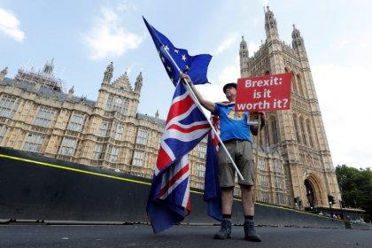 Ue chiede a Paesi membri di intensificare preparativi per Brexit