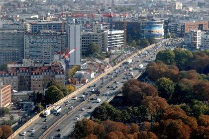 Le gouvernement dévoile un plan pour les transports propres
