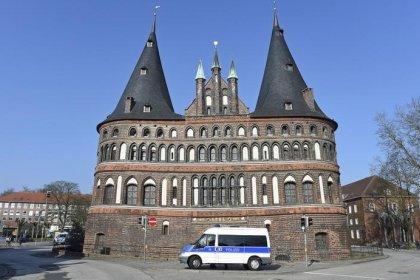 Verletzte bei Messerattacke in Lübecker Bus - Motiv unklar