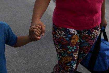 Judge praises U.S. efforts in reuniting migrant families
