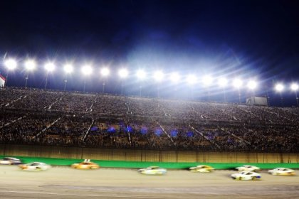 NASCAR notebook: Where dirt racing and NASCAR intersect, Larson votes for status quo
