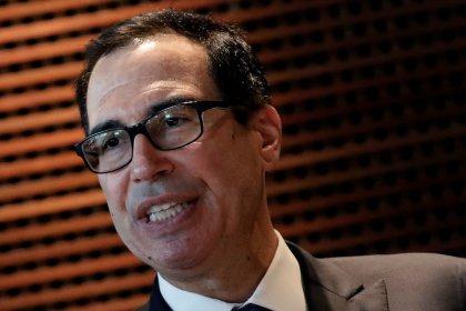 El Secretario de Tesoro de EEUU dice está atento a debilidad del yuan por posible manipulación