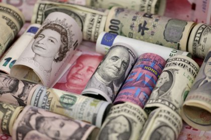 Japanese yen stands tall on policy stimulus unwind bets