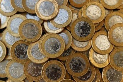DIs curtos rondam estabilidade enquanto aguardam Copom; longos olham dólar e exterior