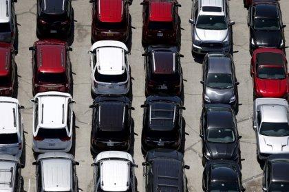 U.S. new vehicle sales drop in July