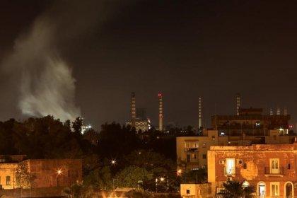 Ilva, ripartire da proposte ArcelorMittal, risposte entro ferragosto, chiedono sindaco e presidente provincia Taranto