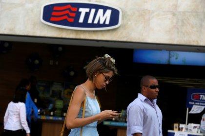 Telecom, Antitrust proroga a 30 settembre procedimento su fibra