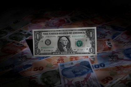 Dollar hits 13-month high as Turkey crisis rumbles on