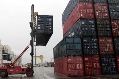 Disputa comercial entre China e EUA pode afetar emprego e renda no Brasil, diz ministro