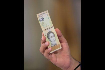 Payment seen unlikely on $1.1 billion in maturing Venezuela bonds