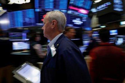 Wall Street rebondit avec Walmart et le commerce