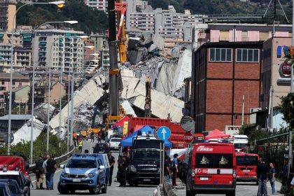 Continúan las operaciones de rescate en Génova antes del funeral de Estado