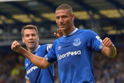Richarlison strikes again as Silva's Everton sink Saints