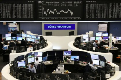 Growth and trade nerves grind European shares down to two-week low