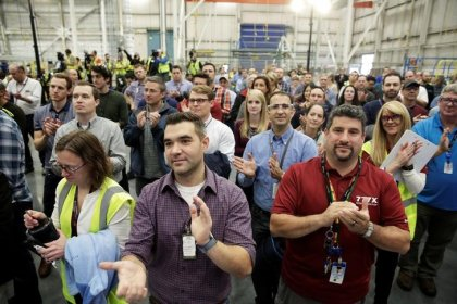 Umfrage - US-Firmen schaffen im November weniger Jobs als erwartet