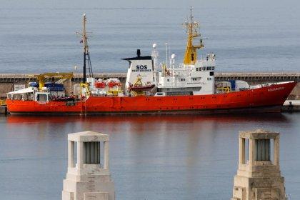 SOS Méditerranée et MSF renoncent à affréter l'Aquarius