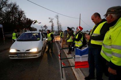 """Des """"Gilets jaunes"""" appellent à ne pas manifester à Paris"""