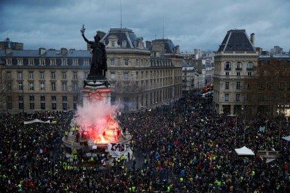 """Gilets jaunes"": 1.939 personnes interpellées samedi en France"