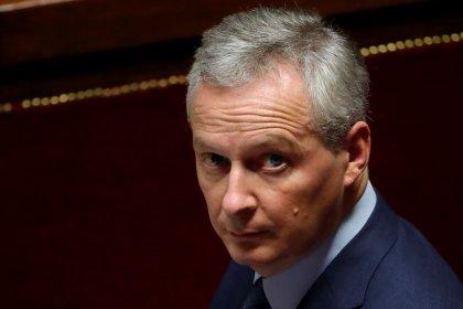 """""""Gilets jaunes"""": Le Maire parle de """"catastrophe pour l'économie"""""""