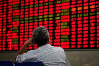 Índices chineses fecham em queda com dados fracos e prisão de executiva da Huawei