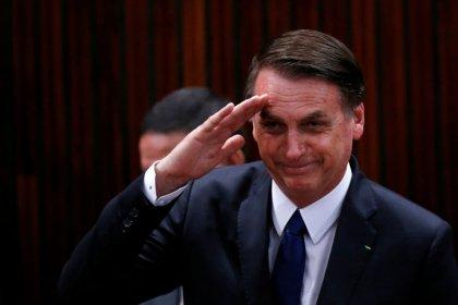 Em diplomação no TSE, Bolsonaro diz que governará para todos e fala em ruptura de práticas antigas