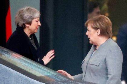 Após pedido de May, Merkel diz que não haverá mais negociações pelo Brexit
