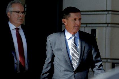 Former Trump adviser Flynn asks for probation in Mueller probe