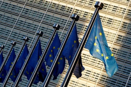 EU to drop stabilization as use for euro budget, keep convergence, competitiveness: draft