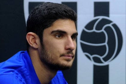 Valencia's record-signing Guedes to undergo surgery