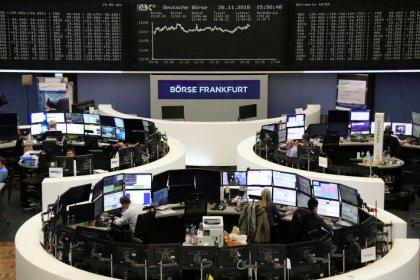 Европейские индексы малоподвижны на фоне неопределенности вокруг Brexit