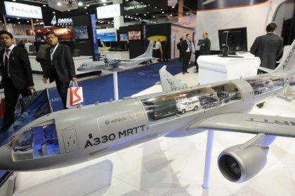 La France commande trois avions ravitailleurs de plus à Airbus