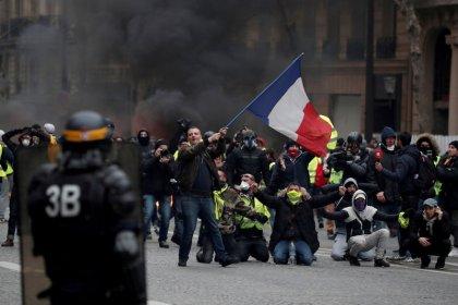 La liga francesa pospone cinco partidos más por las protestas contra el Gobierno