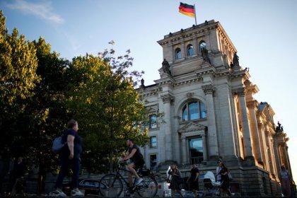 Union und SPD legen in Umfragen zu