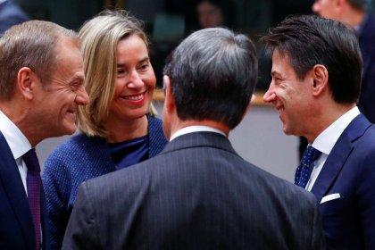 Conte spricht beim EU-Gipfel mit Merkel über Haushaltsstreit