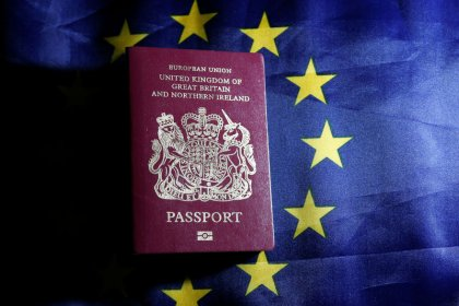 Britons will have to pay 7 euros for visa-free travel to EU after Brexit
