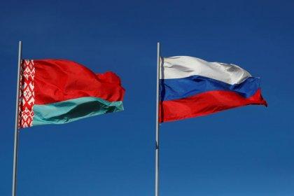 Белоруссия говорит, что просила у РФ компенсацию за налоговый маневр, но получила отказ