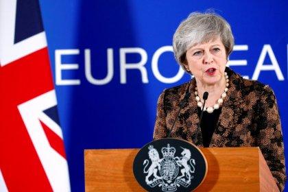 May lobt EU-Entgegenkommen beim Brexit - und will mehr