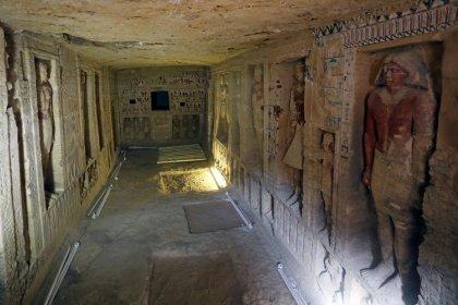 Egipto revela una tumba antigua única en su clase y espera descubrir más
