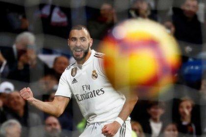 Vuelven los abucheos al Bernabéu en la victoria sobre el Rayo