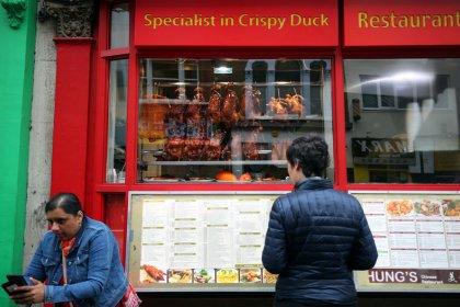 UK restaurant closures surge as consumers lose appetite to spend
