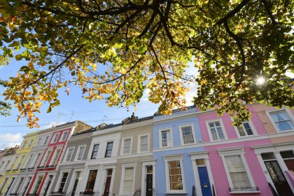 UK household confidence drops to six-month low in December - IHS Markit