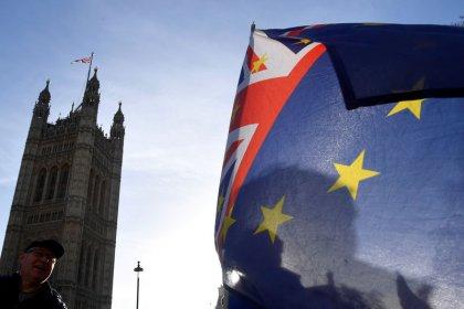 Reino Unido refuerza los preparativos para un Brexit sin acuerdo