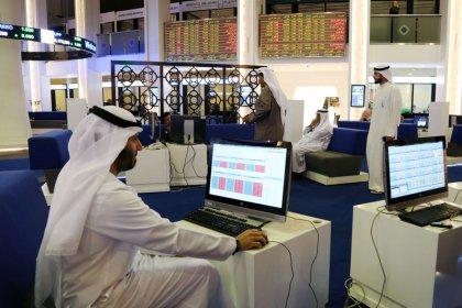 بورصات الخليج تتراجع بفعل هبوط أسعار النفط ودبي تهبط تحت ضغط العقارات